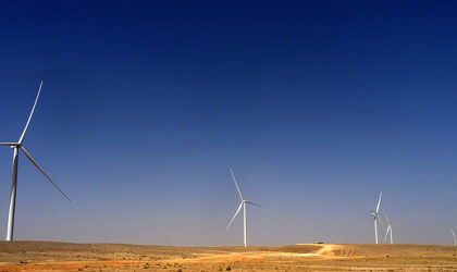 Dhofar Wind Farm first turbine goes live, connects to Oman's national grid