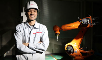 Nissan introduces synchronised dual-robotic manufacturing process for parts