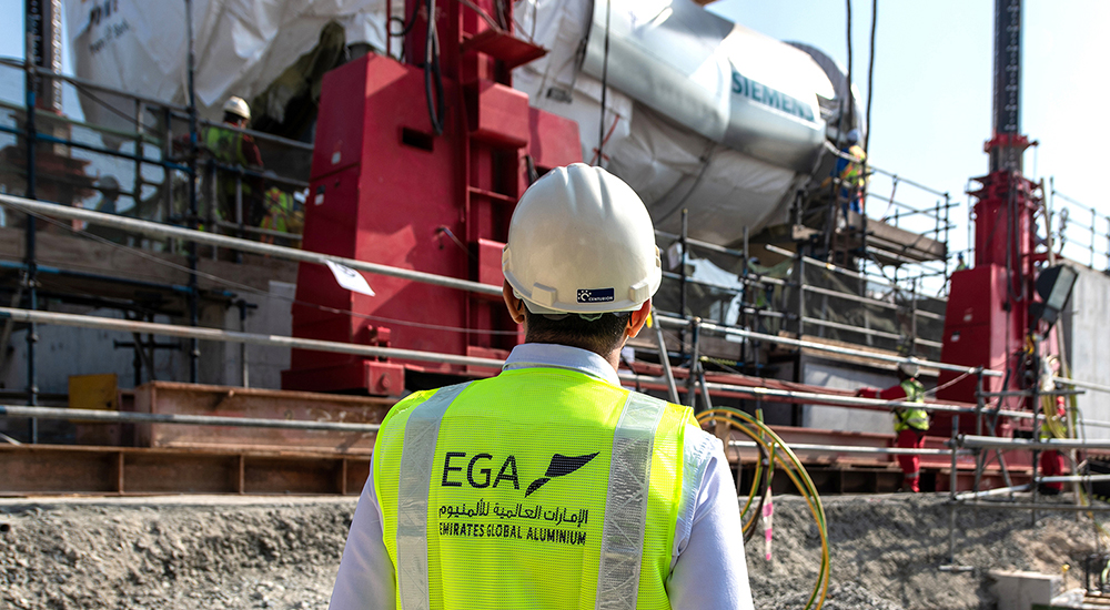 EGA transports 457 tons Siemens gas turbine from port to site.