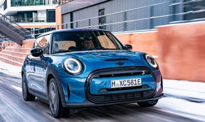 MINI Cooper SE comes with driver assistance systems, connected packages